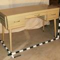 Desk 2 -BROKEN